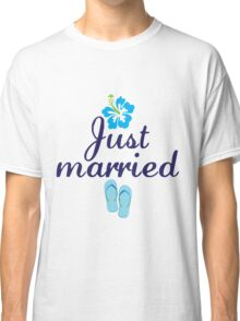Just Married Beach Flip Flops and Tropical Hibiscus Flower Classic T-Shirt