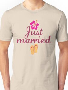 Just Married Beach Flip Flops and Tropical Hibiscus Flower Unisex T-Shirt