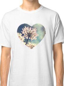 Queen Annes Lace flowers Classic T-Shirt
