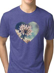 Queen Annes Lace flowers Tri-blend T-Shirt