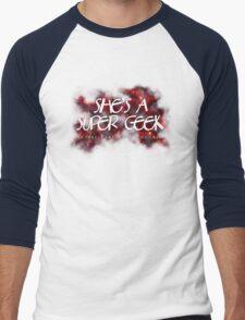 She's A Super Geek Logo Men's Baseball ¾ T-Shirt
