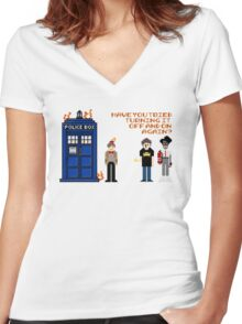 Doctor Who Calls IT Crowd  Women's Fitted V-Neck T-Shirt