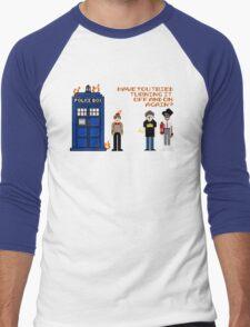 Doctor Who Calls IT Crowd  Men's Baseball ¾ T-Shirt