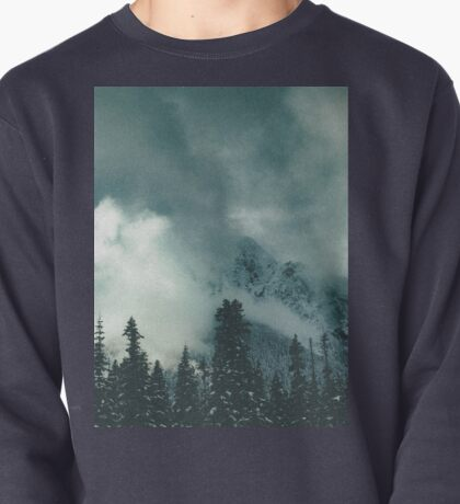 Mountain Majesty Pullover