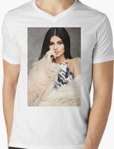 Kylie Jenner Fur Mens V-Neck T-Shirt