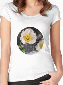 White Poppy Women's Fitted Scoop T-Shirt