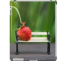 Small world ( strawberry and bug ) iPad Case/Skin