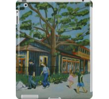 Trolley Passing williams cafe iPad Case/Skin