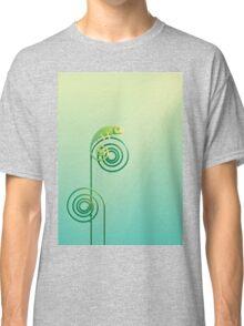 Chamouflaged green Chameleon lizard Classic T-Shirt