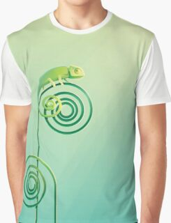Chamouflaged green Chameleon lizard Graphic T-Shirt