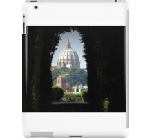 St Peters through the Aventine Keyhole iPad Case/Skin