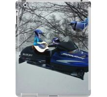 BLUE JAY ON ON SKI-DOO-- PLAYS GUITAR SERENADES MATE --VARIOUS FUN BLUE JAYS APPAREL... iPad Case/Skin
