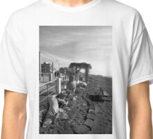 Ostia seafront: beach Classic T-Shirt