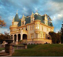 """Kimberly Crest, Victorian Splendor"" by Glenn McCarthy"
