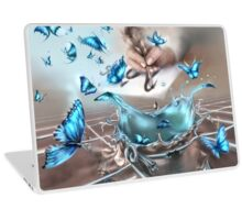 Discovery with a tip of a pen Laptop Skin