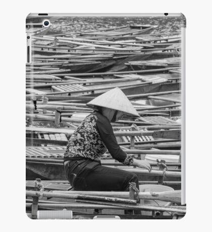 Vietnamese Boat Lady in Tam Coc iPad Case/Skin
