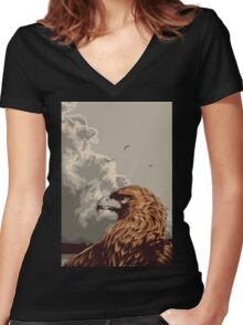 Eagle Eye In The Big Smoke Women's Fitted V-Neck T-Shirt