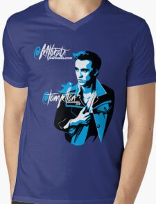 @TomFelton, Australia, 2011 - @feltbeats Mens V-Neck T-Shirt
