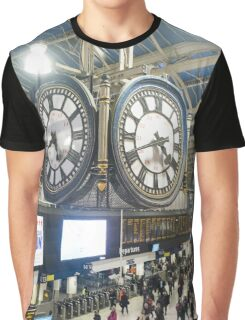London Waterloo Station Clock Graphic T-Shirt