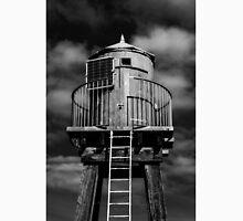 Whitby Pier Lighthouse Hut  Classic T-Shirt