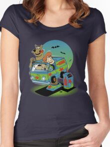 THE MYSTERY MACHINE Women's Fitted Scoop T-Shirt