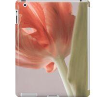 Beautiful tulip close up. Springtime. iPad Case/Skin