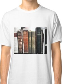 OLD BOOKS Classic T-Shirt