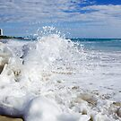 Burleigh Splash by Paul Manning