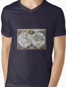 Beautiful Colorful Antique Vintage World Map Mens V-Neck T-Shirt