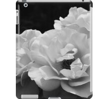 Noir Rose I iPad Case/Skin