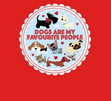 Dogs are my favourite people (U.K English) Women's Fitted Scoop T-Shirt