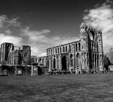 Elgin Cathedral by mfsutherland