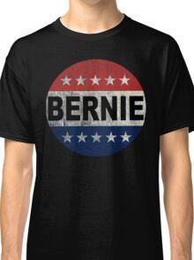 Bernie 2016 Shirt - Retro Bernie Sanders Vote Button T Shirt  Classic T-Shirt