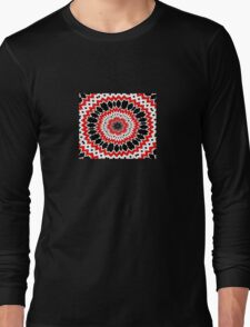 Bizarre Red Black and White Pattern Long Sleeve T-Shirt