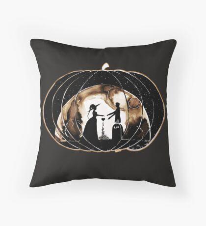 Halloween Love (Happy Halloween !)  Throw Pillow