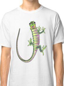 Crazy climbing lizard Classic T-Shirt