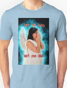 Don't look away. Don't even blink (Doctor Who) Unisex T-Shirt