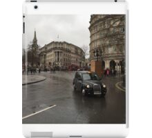 London Cab in the Rain iPad Case/Skin