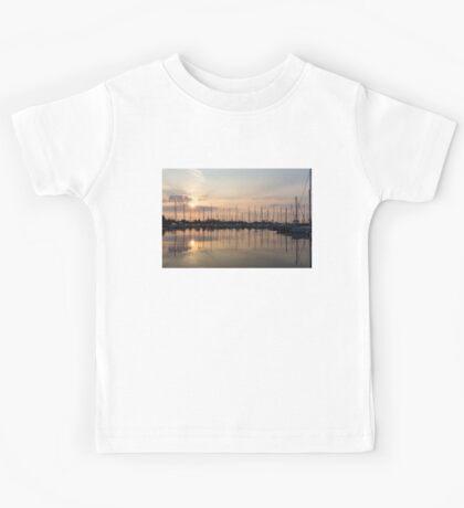 Crepuscular Rays - Golden Sunbeams Sunset Kids Tee