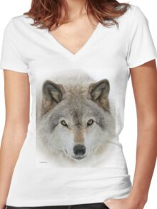 Wolf Portrait Women's Fitted V-Neck T-Shirt