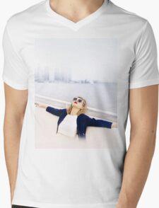 NEW YORK DREAMS Mens V-Neck T-Shirt