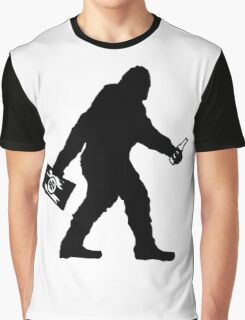 SASQUATCH BIGFOOT With A Case Of BEER  Graphic T-Shirt