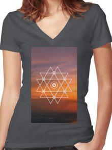 Geometric Sunset Women's Fitted V-Neck T-Shirt