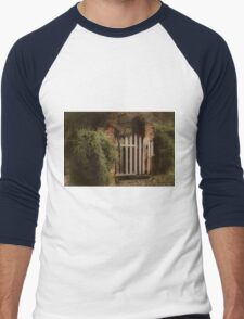 Garden Gate Men's Baseball ¾ T-Shirt