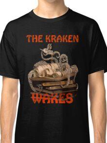 The Kraken Wakes steampunk book art Classic T-Shirt