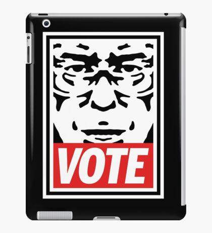 Bernie Obey Shirt - Shepard Fairey Endorses Bernie Sanders iPad Case/Skin