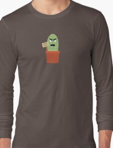 Angry cactus with free hugs Long Sleeve T-Shirt