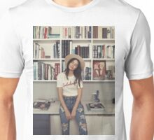 Kendall Jenner - Books Unisex T-Shirt