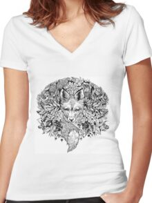 Hidden fox  Women's Fitted V-Neck T-Shirt