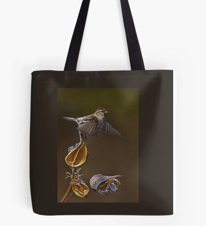 Redpoll Takes Flight Tote Bag